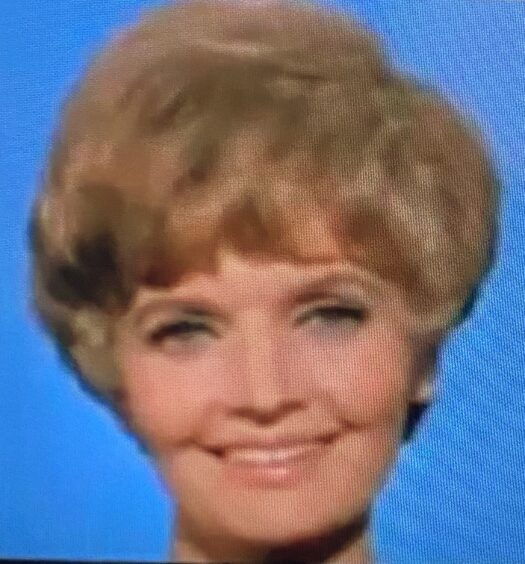 Lovelyy Lady Florence Henderson Dies at 82