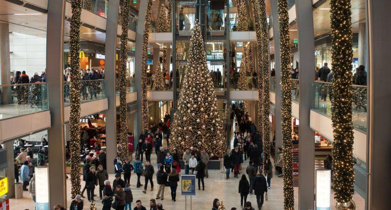 tis the season to get shopping